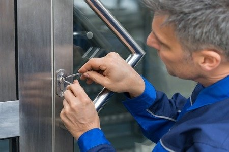 Commercial Locksmith in Smyrna